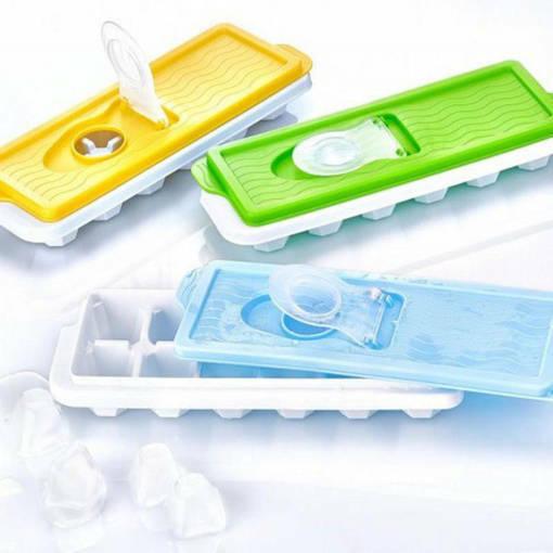 Снимка на Форми за лед с капак формички за ледени кубчета с клапа за пълнене