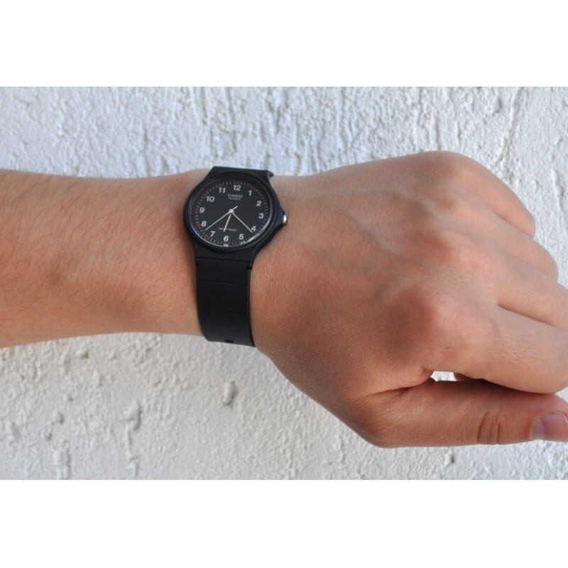 Мъжки Часовник Casio MQ-24-1BLLGF