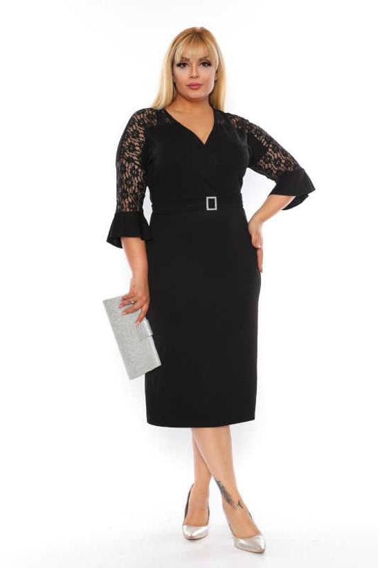 Елегантна рокля с дантела големи размери