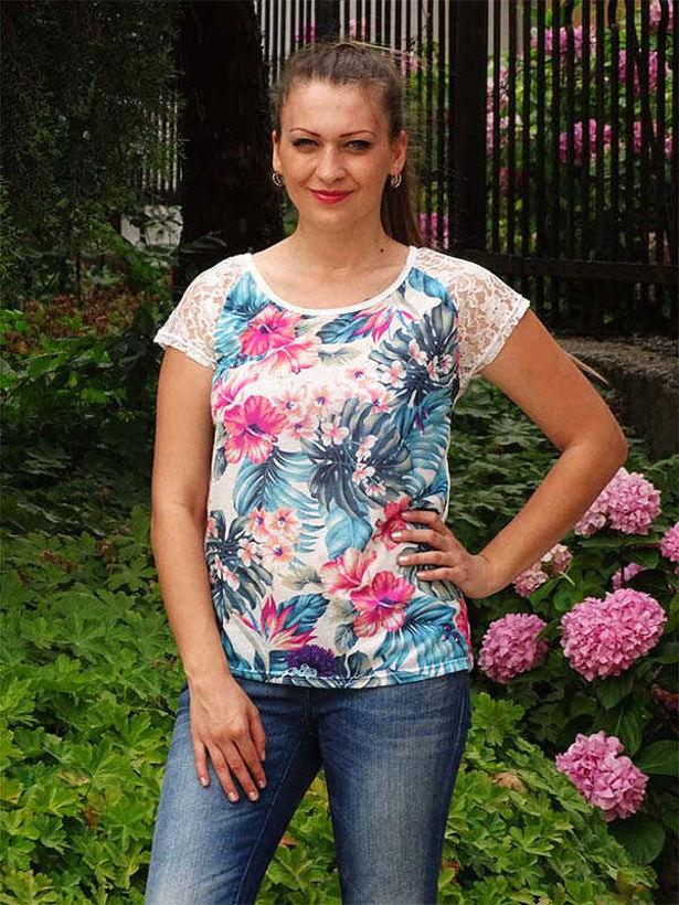 Лятна блузка Моника на цветя